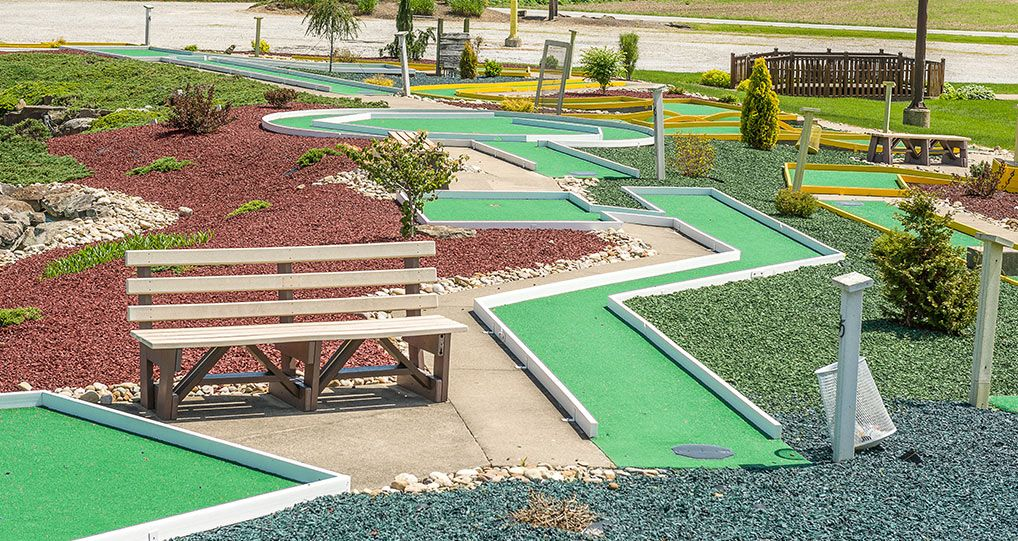 Mini Golf - Putt Putt in Ohio's Amish Country   Cabin Creek Golf